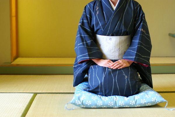 Seiza là gì? 8 lý do để người Nhật luyện tập Seiza!