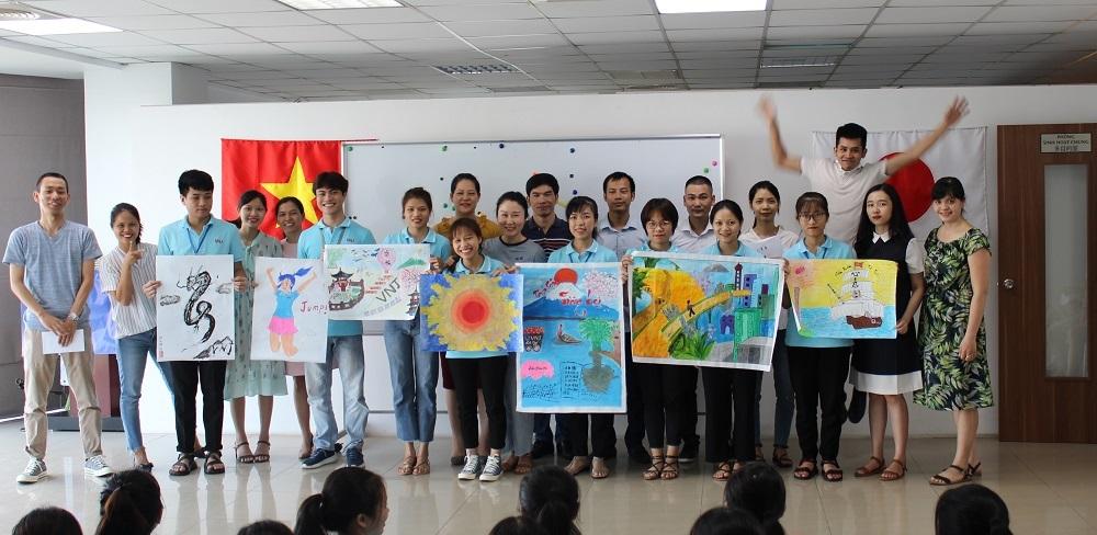 Thắp sáng tương lai Thực tập sinh - Cuộc thi báo tường của nhân viên VNJ