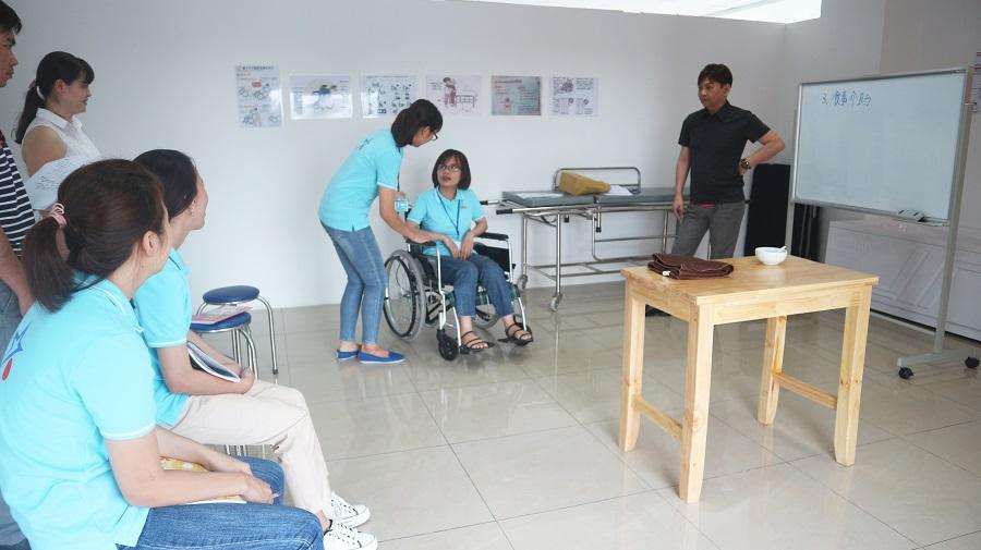 Thực hành kỹ năng điều dưỡng tại VNJ